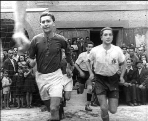 """מתוך סרטו של קורט גרון """"המשחק האחרון"""", 1944-45"""